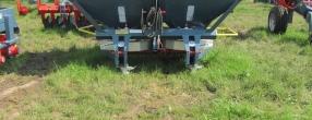 Masina Imprastiat Ingrasaminte Chimice 1500 Litri